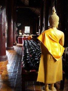 Chiang Mai wat and yellow buddha